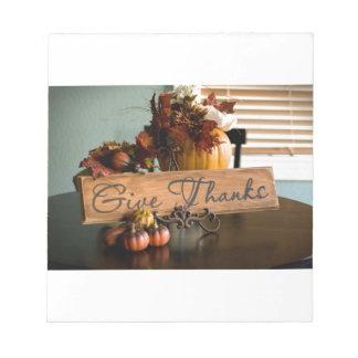 Le thanksgiving donnent des mercis blocs notes