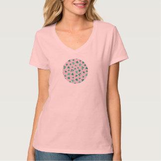 Le trèfle laisse le T-shirt du V-Cou des femmes
