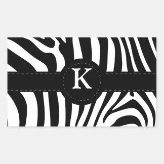 Le zèbre barre la coutume initiale du monogramme K Sticker Rectangulaire