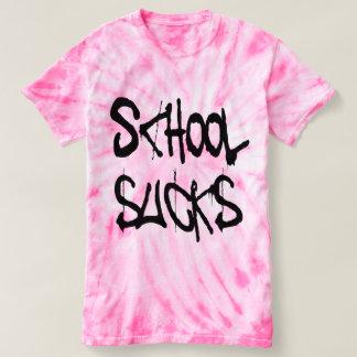 L'école suce le T-shirt
