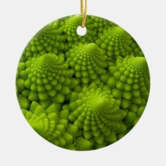 Légume de fractale de brocoli de Romanesco Ornement Rond En Céramique