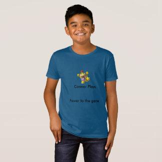 L'enfant Connor joue le T-shirt