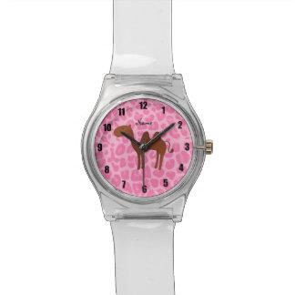Léopard rose-clair personnalisé de chameau nommé montres cadran