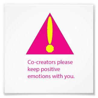 Les Co-Créateurs satisfont gardent des émotions Impressions Photographiques