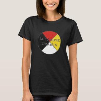 Les couleurs foncées Lakota des femmes de Mitakuye T-shirt