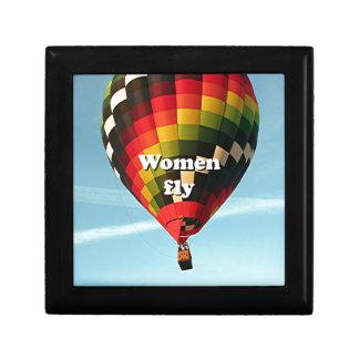 Les femmes volent : ballon à air chaud boîtes à souvenirs