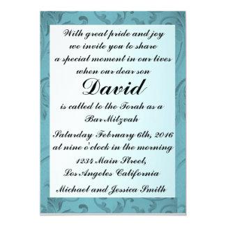 Les fleurs bleues encadrent la barre carton d'invitation  12,7 cm x 17,78 cm