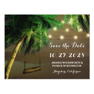 Les lumières découpées de plage de palmier sauvent cartes postales