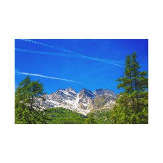les montagnes célèbres trois Levanne sur la toile