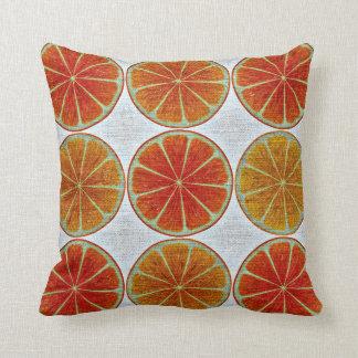 Les oranges autoguident le coussin de décor