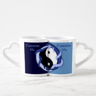 Les serpents conjuguent (le bleu) mug