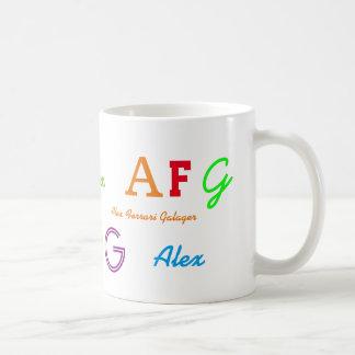 lettres de l'initiale de l'enfant/nommées colorées mug blanc