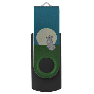 Leuke Sjofele Wolf met Maan Swivel USB 2.0 Stick