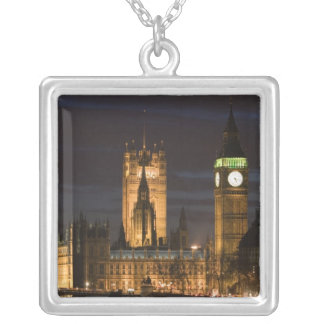 L'Europe, ANGLETERRE, Londres : Chambres du Collier