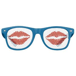 Lèvres rouges lunettes de fête retro