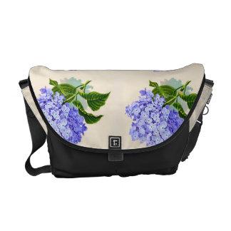 L'hortensia pourpre fleurit le motif vintage besace