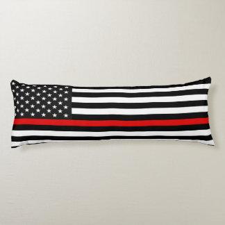 Ligne rouge mince drapeau américain coussins longs