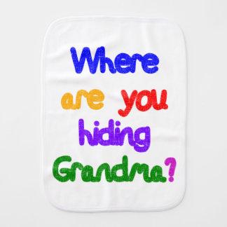 Linge De Bébé D'où cachez-vous la grand-maman ?