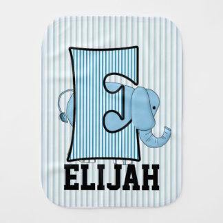 """Linge De Bébé Éléphant bleu décoré d'un monogramme du """"E"""" de"""