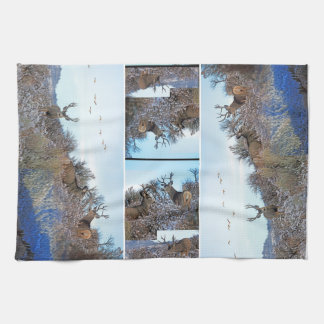 Linge De Cuisine Art de photo de cerfs communs de mule