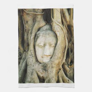 Linge De Cuisine Tête de Bouddha dans le figuier. Ayutthaya,