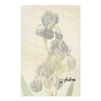 L'iris de Redoute fleurit la papeterie de papier