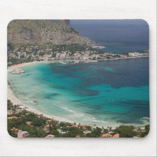 L'Italie, Sicile, Mondello, vue de la plage de Tapis De Souris