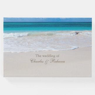 Livre d'invité blanc de mariage de plage