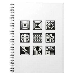 Livre tribal géométrique noir de photo de motif