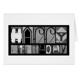 L'objet marque avec des lettres l'anniversaire carte