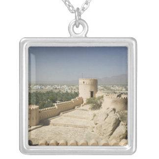 L'Oman, la plaine de Batinah, Nakhal. Fort de Collier
