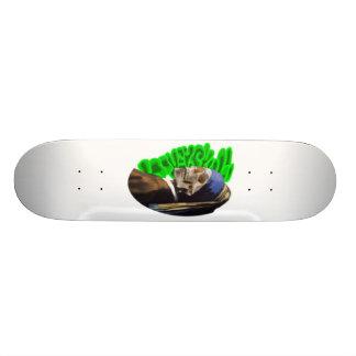 LooneySkull avec une perle Earing Skateboards Personnalisés