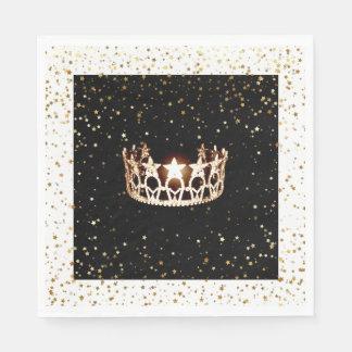 L'or de couronne d'or de la Mlle Etats-Unis tient Serviette En Papier