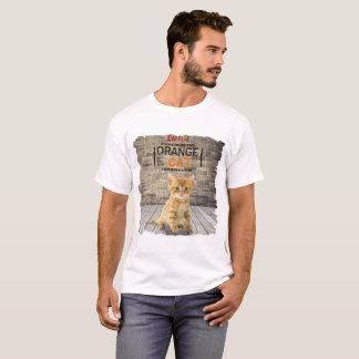 L'orange est le nouveau T-shirt d'homme de chat