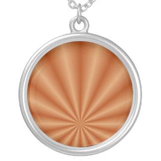L'orange plisse le collier