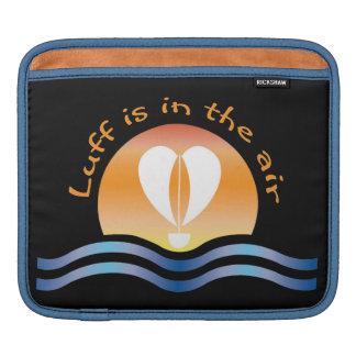 Luffers Sunset_Luff est dans le ciel sur le noir Housse Pour iPad