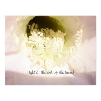 Lumière à l'extrémité du tunnel carte postale