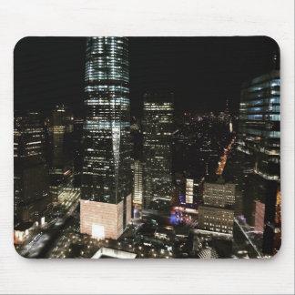 Lumière d'architecture d'horizon de nuit de NYC Tapis De Souris