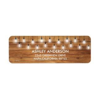 Lumières rustiques simples en bois de mariage étiquette d'adresse retour