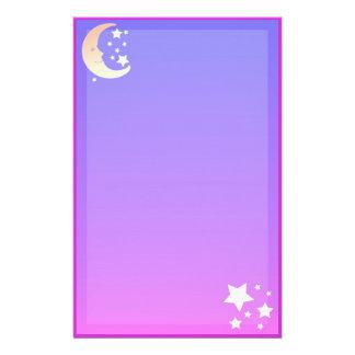 Lune et papeterie d'étoiles