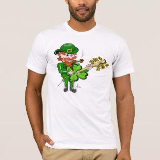 Lutin de jour de St Patricks par Doug LaRue T-shirt