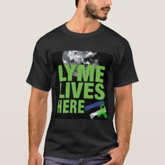 Lyme vit ici dans la chemise de l'Estonie T-shirt