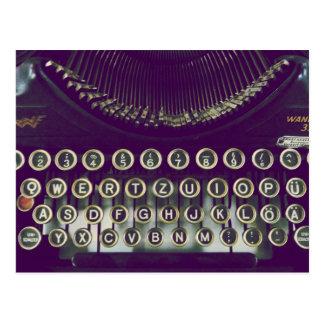 Machine à écrire démodée cartes postales