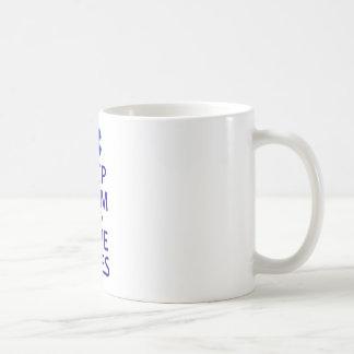Maintenez les vies calmes et d'économies mug blanc