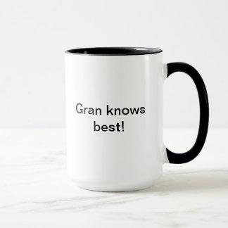 Mamie connaît la meilleure tasse