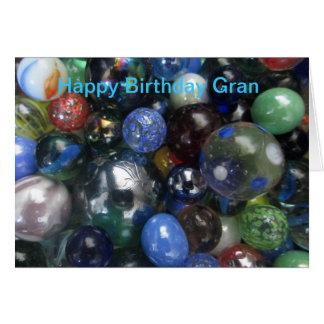 Mamie de joyeux anniversaire marbre la carte