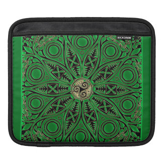 Mandala vert irlandais de Triskele de Celtic Housse Pour iPad