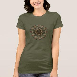 Mandala vert moussu sur le T-shirt kaki d'armée