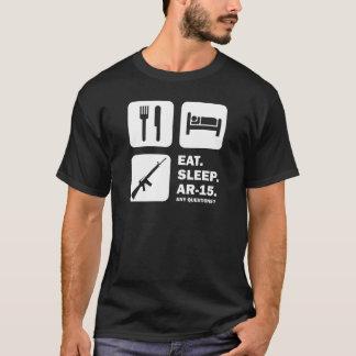 Mangez le sommeil AR-15 T-shirt