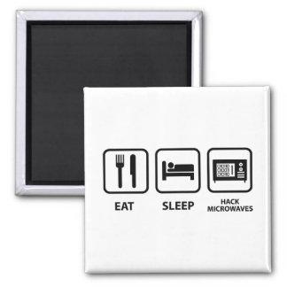 Mangez les micro-ondes d'entaille de sommeil aimant